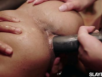 SLAYED – Emily makes Scarlit squirt relentlessly